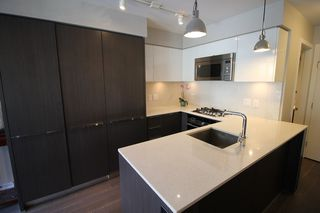 "Photo 6: 536 W 7TH Avenue in Vancouver: Fairview VW Townhouse for sale in ""CAMBIE + 7"" (Vancouver West)  : MLS®# R2409955"