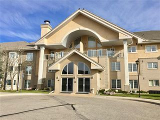Main Photo: 327 728 COUNTRY HILLS Road NW in Calgary: Country Hills Apartment for sale : MLS®# C4274911