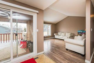 Photo 3: 4611 37B Avenue in Edmonton: Zone 29 House for sale : MLS®# E4183259