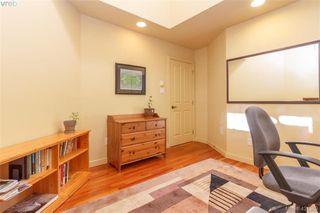 Photo 17: 919 W Garthland Pl in VICTORIA: Es Kinsmen Park Single Family Detached for sale (Esquimalt)  : MLS®# 833942