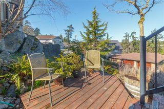 Photo 21: 919 W Garthland Pl in VICTORIA: Es Kinsmen Park Single Family Detached for sale (Esquimalt)  : MLS®# 833942
