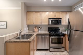 Photo 4: 34 638 W 6TH Avenue in Vancouver: Fairview VW Townhouse for sale (Vancouver West)  : MLS®# R2445915