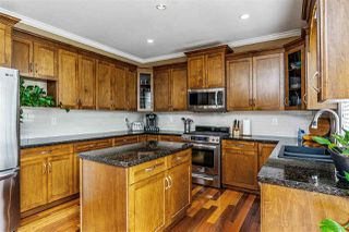 """Photo 9: 17968 71A Avenue in Surrey: Cloverdale BC House for sale in """"Provinceton"""" (Cloverdale)  : MLS®# R2492909"""