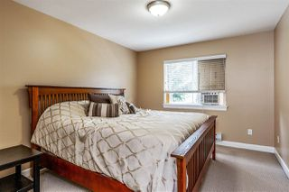 "Photo 14: 17968 71A Avenue in Surrey: Cloverdale BC House for sale in ""Provinceton"" (Cloverdale)  : MLS®# R2492909"