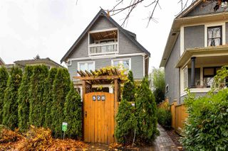 Main Photo: 526 E 10TH Avenue in Vancouver: Mount Pleasant VE 1/2 Duplex for sale (Vancouver East)  : MLS®# R2519703