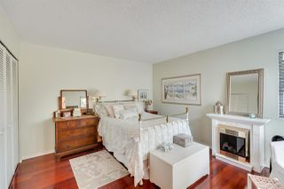 """Photo 10: 5923 MAYVIEW Circle in Burnaby: Burnaby Lake Townhouse for sale in """"ONE ARBOURLANE"""" (Burnaby South)  : MLS®# R2394501"""