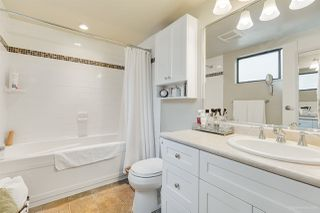 """Photo 11: 5923 MAYVIEW Circle in Burnaby: Burnaby Lake Townhouse for sale in """"ONE ARBOURLANE"""" (Burnaby South)  : MLS®# R2394501"""