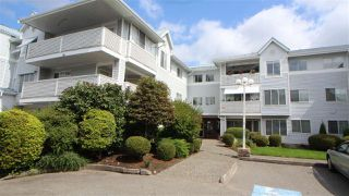 "Main Photo: 221 32853 LANDEAU Place in Abbotsford: Central Abbotsford Condo for sale in ""Park Place"" : MLS®# R2399117"