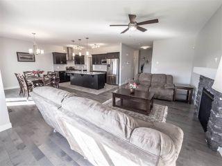 Photo 4: 2227 21 Avenue in Edmonton: Zone 30 House for sale : MLS®# E4171748