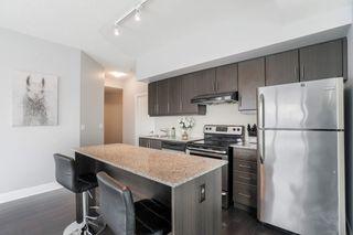 Photo 2: 401 35 Brian Peck Crescent in Toronto: Leaside Condo for sale (Toronto C11)  : MLS®# C4646982