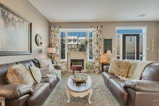Photo 4: 9811 105 Avenue: Morinville Attached Home for sale : MLS®# E4197943
