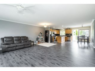 "Photo 9: 32954 PHELPS Avenue in Mission: Mission BC House for sale in ""Cedar Valley Estates"" : MLS®# R2468941"