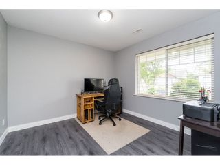"Photo 4: 32954 PHELPS Avenue in Mission: Mission BC House for sale in ""Cedar Valley Estates"" : MLS®# R2468941"