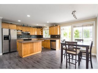 "Photo 10: 32954 PHELPS Avenue in Mission: Mission BC House for sale in ""Cedar Valley Estates"" : MLS®# R2468941"
