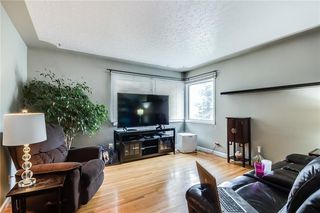 Photo 5: 4823 1 Street NE in Calgary: Greenview Detached for sale : MLS®# C4306006