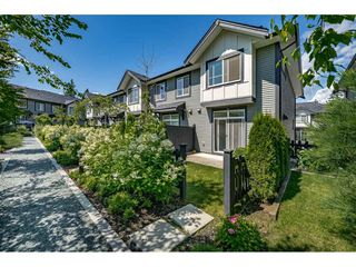 Photo 2: 44 8570 204 Street in Langley: Willoughby Heights Townhouse for sale : MLS®# R2475124