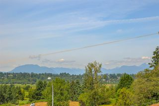 "Photo 5: 317 16398 64 Avenue in Surrey: Cloverdale BC Condo for sale in ""THE RIDGE AT BOSE FARMS"" (Cloverdale)  : MLS®# R2476395"
