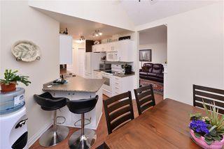 Photo 10: 301 835 Selkirk Ave in Esquimalt: Es Kinsmen Park Condo for sale : MLS®# 834669