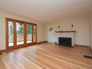 Photo 2: 691 Clayton Rd in North Saanich: NS Deep Cove Single Family Detached for sale : MLS®# 836927