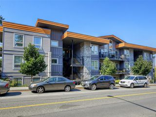 Photo 1: 411 3240 Jacklin Rd in : La Walfred Condo for sale (Langford)  : MLS®# 855300