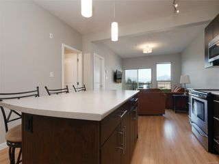 Photo 10: 411 3240 Jacklin Rd in : La Walfred Condo for sale (Langford)  : MLS®# 855300