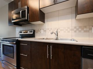 Photo 9: 411 3240 Jacklin Rd in : La Walfred Condo for sale (Langford)  : MLS®# 855300