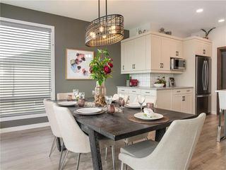 Photo 3: 47 Creemans Crescent in Winnipeg: Charleswood Residential for sale (1H)  : MLS®# 202100354