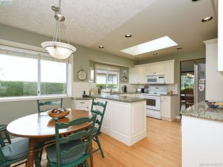 Photo 13: 4731 AMBLEWOOD Drive in VICTORIA: SE Cordova Bay Single Family Detached for sale (Saanich East)  : MLS®# 413512