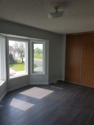 Photo 4: 3710 39 Avenue in Edmonton: Zone 29 House for sale : MLS®# E4172518