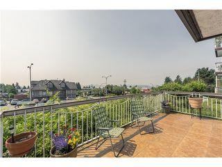 Photo 1: 103 3080 LONSDALE Ave in North Vancouver: Home for sale : MLS®# V1131017