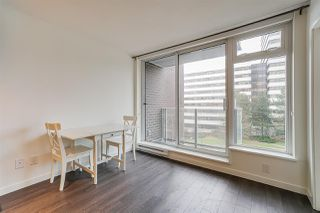 """Photo 4: 718 5665 BOUNDARY Road in Vancouver: Collingwood VE Condo for sale in """"WALL CENTRE CENTRAL PARK"""" (Vancouver East)  : MLS®# R2431839"""