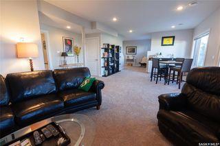 Photo 40: 818 Ledingham Crescent in Saskatoon: Rosewood Residential for sale : MLS®# SK808141