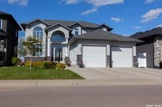Main Photo: 818 Ledingham Crescent in Saskatoon: Rosewood Residential for sale : MLS®# SK808141