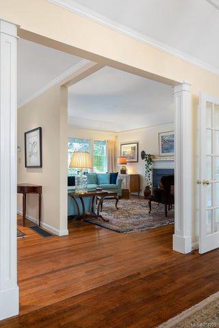 Photo 11: 3205 Exeter Rd in : OB Uplands House for sale (Oak Bay)  : MLS®# 854225