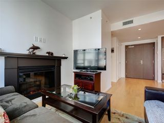 Photo 4: 703 100 Saghalie Rd in : VW Songhees Condo for sale (Victoria West)  : MLS®# 855091