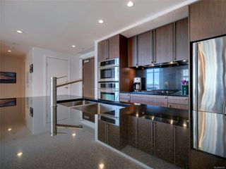 Photo 11: 703 100 Saghalie Rd in : VW Songhees Condo for sale (Victoria West)  : MLS®# 855091