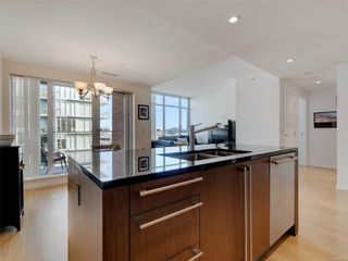 Photo 14: 703 100 Saghalie Rd in : VW Songhees Condo for sale (Victoria West)  : MLS®# 855091