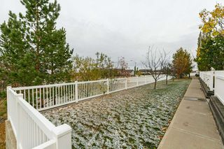 Photo 5: 59 2051 TOWNE CENTRE Boulevard in Edmonton: Zone 14 Townhouse for sale : MLS®# E4218308