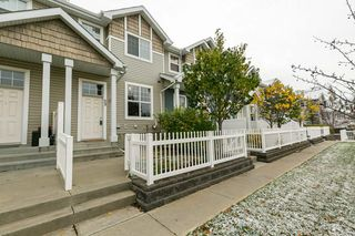 Photo 2: 59 2051 TOWNE CENTRE Boulevard in Edmonton: Zone 14 Townhouse for sale : MLS®# E4218308
