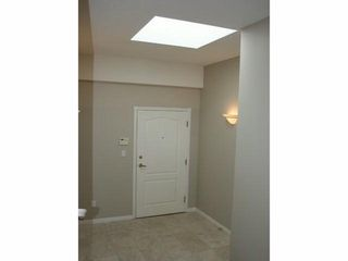 Photo 16: 301 15169 BUENA VISTA Ave in Presidents Court 2: White Rock Home for sale ()  : MLS®# F1408946