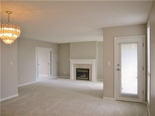 Photo 6: 301 15169 BUENA VISTA Ave in Presidents Court 2: White Rock Home for sale ()  : MLS®# F1408946