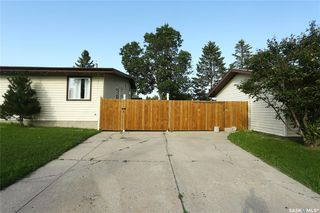 Photo 3: 29 Assiniboine Drive in Saskatoon: River Heights SA Residential for sale : MLS®# SK782395