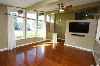 Photo 9: 29 Assiniboine Drive in Saskatoon: River Heights SA Residential for sale : MLS®# SK782395