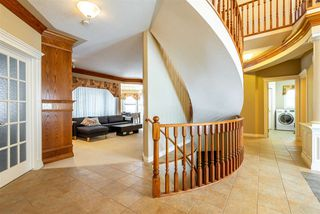 Photo 4: 241 TORY Crescent in Edmonton: Zone 14 House for sale : MLS®# E4174905