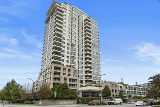 "Main Photo: 1704 125 MILROSS Avenue in Vancouver: Downtown VE Condo for sale in ""CREEKSIDE"" (Vancouver East)  : MLS®# R2408403"