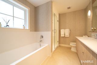 "Photo 3: 37 11188 72 Avenue in Delta: Sunshine Hills Woods Townhouse for sale in ""Chelsea Gate"" (N. Delta)  : MLS®# R2430572"