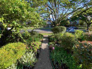 Photo 7: 3260 GRAVELEY Street in Vancouver: Renfrew VE House for sale (Vancouver East)  : MLS®# R2456621