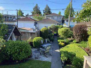 Photo 11: 3260 GRAVELEY Street in Vancouver: Renfrew VE House for sale (Vancouver East)  : MLS®# R2456621