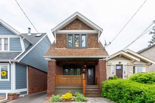 Photo 1: 161 Courcelette Road in Toronto: Birchcliffe-Cliffside House (2-Storey) for lease (Toronto E06)  : MLS®# E4774892