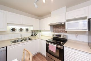 """Photo 13: 308 7326 ANTRIM Avenue in Burnaby: Metrotown Condo for sale in """"SOVEREIGN MANOR"""" (Burnaby South)  : MLS®# R2479994"""